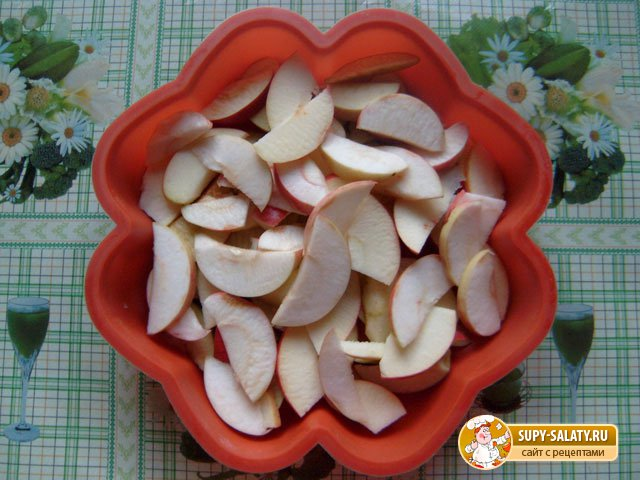 Яблочный пирог - шарлотка