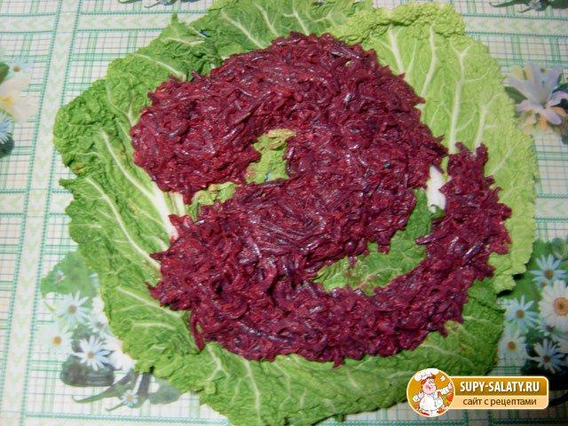 Новогодний салат. Добрый дракон