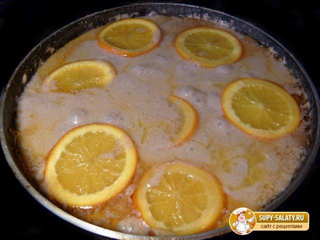 апельсины с печенью и сметаной на сковороде 8