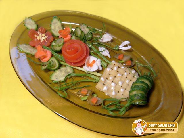 Украшение из овощей для салата