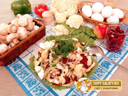 салат из цветной капусты с грибами