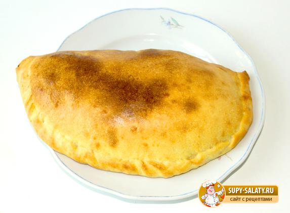 Пицца кальцоне на бездрожжевом тесте. Рецепт с фото