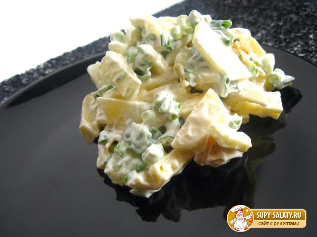 Салат с ананасами. Рецепт с фото