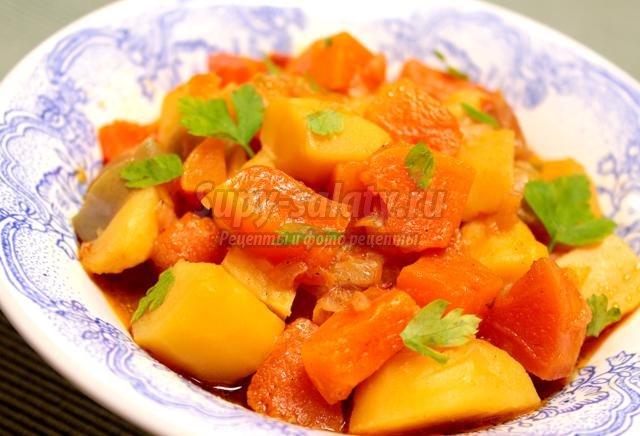 Овощное рагу с кабачком и тыквой
