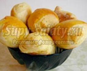 Булочки с твердым сыром