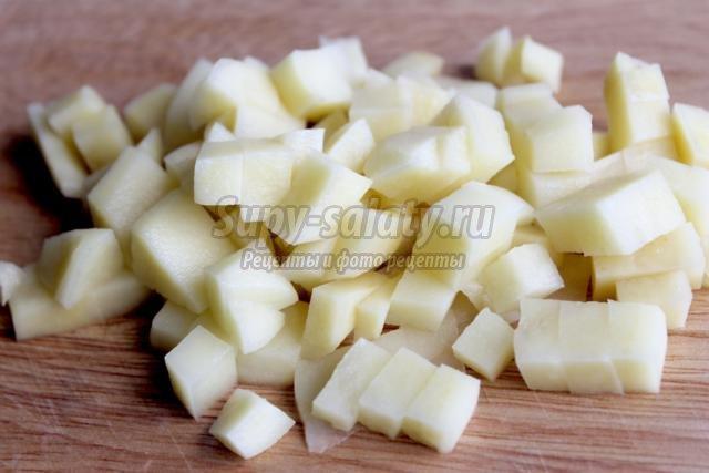 суп с креветками, тыквой и сыром