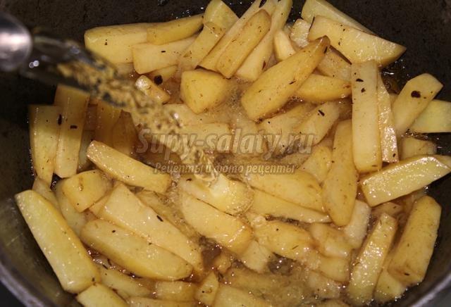 картофельный суп-пюре со шкварками