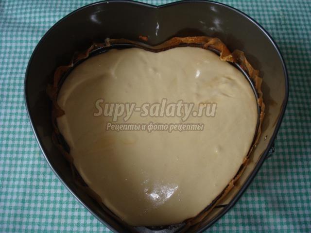 торт со сметаной и орехами. Медовое сердце