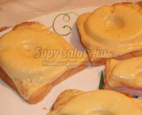 Экзотические бутерброды с ананасом