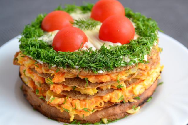 печеночный торт с морковной начинкой