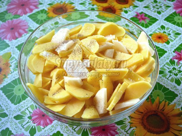 горбуша, запеченная под сыром с картофелем