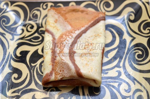 тонкие двухцветные блины с какао