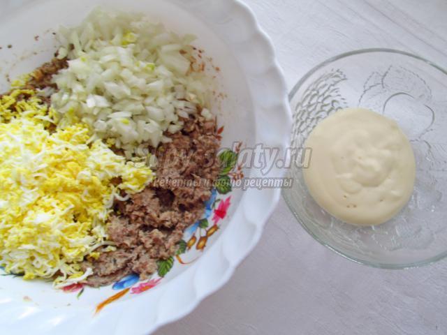 салат из рыбной консервы. Океанический