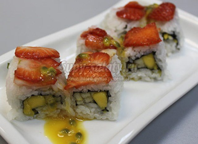 Фруктовые суши-роллы