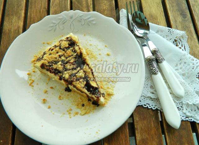 Сливочно-банановый торт без выпечки
