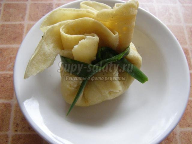 блинчики с ветчиной, сыром, яйцом и луком. Дуэт