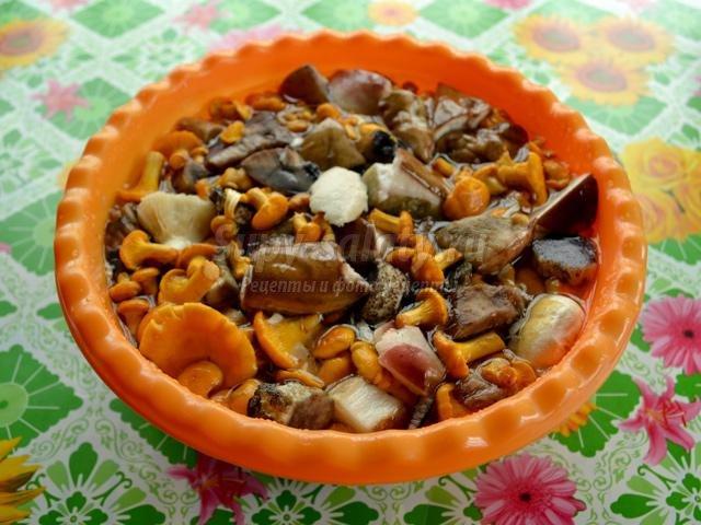 соленые грибы. Горячий способ
