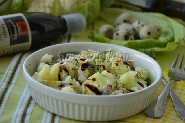 салат из цветной капусты с перепелиными яйцами и бальзамиком