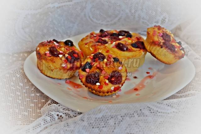 Творожные кексы с вишней