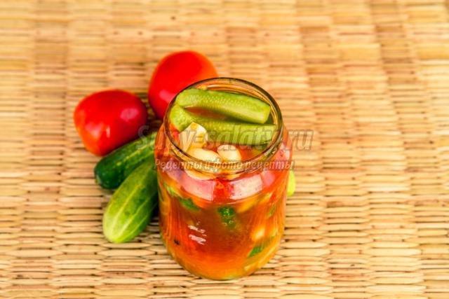 салат на зиму из огурцов и помидоров