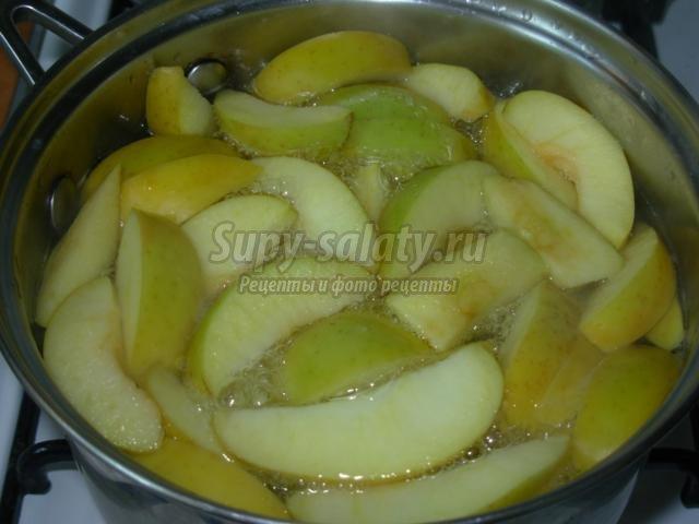 компот из яблок с шиповником на зиму