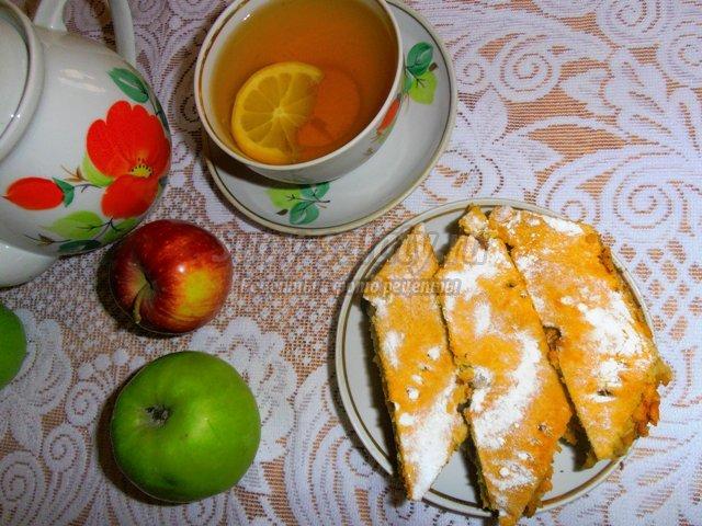 Яблочный пирог классический
