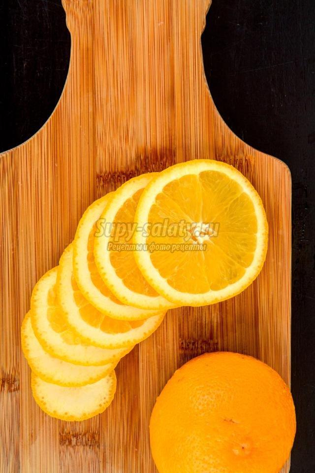 Новогодний салат с апельсинами и креветками.
