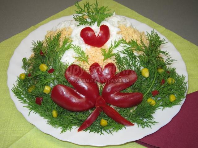 салат новогодний с индюшиным мясом