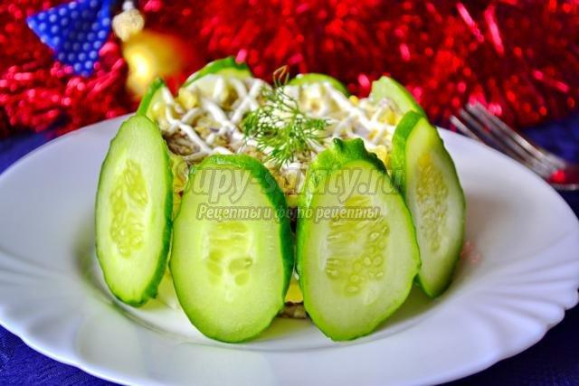 Новогодний салат из куриной печени
