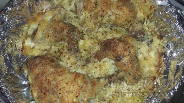 пикантная курица к Новому году под сырной шапкой