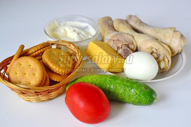 Новогодняя закуска. Крекеры с салатом из курицы. Рецепт с пошаговыми фото