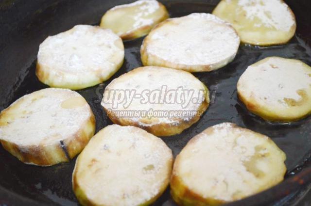 горячая закуска из баклажанов и шампиньонов