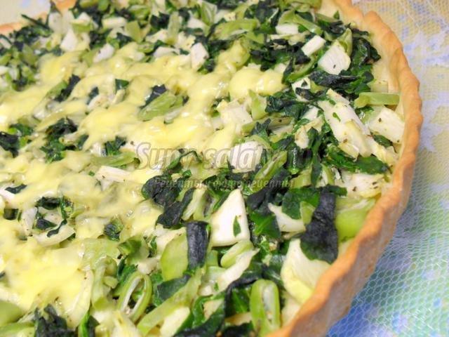 овощной киш с кабачком и шпинатом
