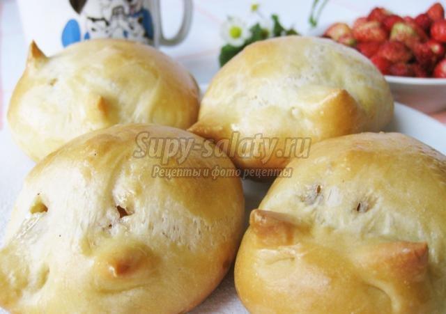 ушастые булочки с мармеладной начинкой