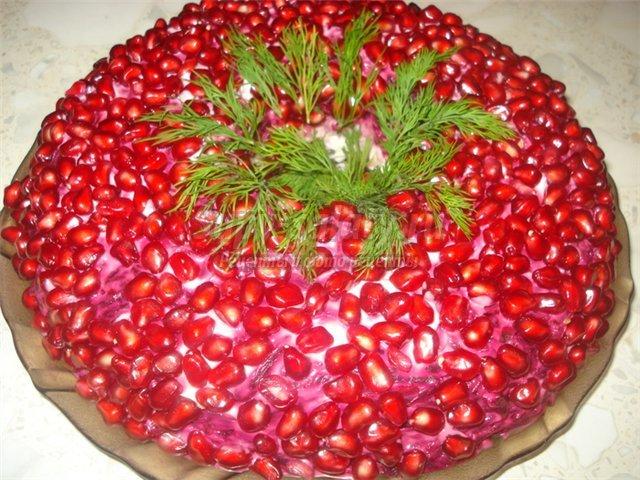 салат новогодняя горка