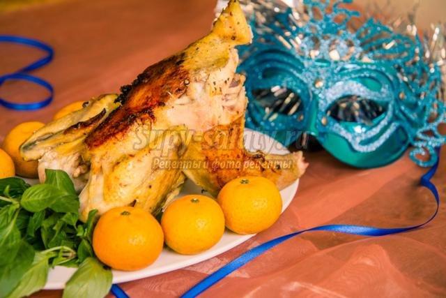 фаршированная курица в маринаде к Новому году