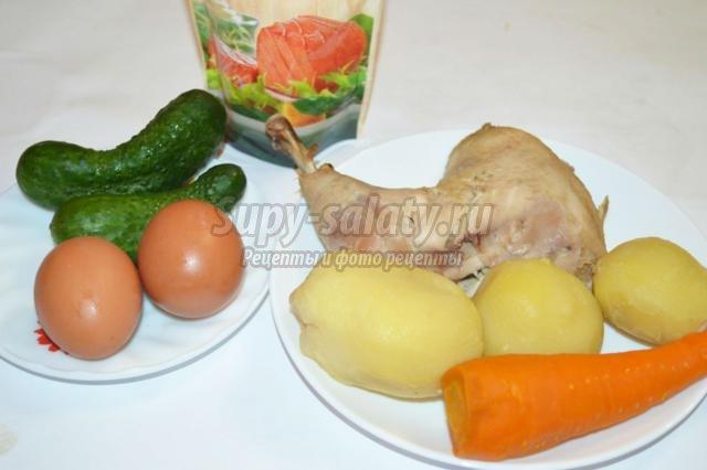 слоеный салат с курицей к Новому году. Искушение