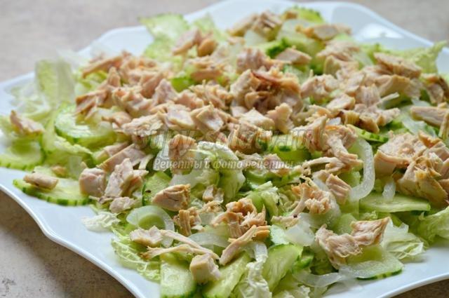 новогодний салат-фьюжн с помело и курицей
