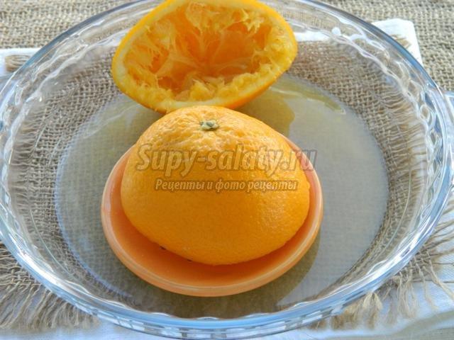 черная паста с креветками в апельсиновом соусе