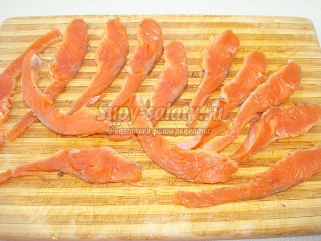 салат с кижучем на Новый год. Золотая рыбка