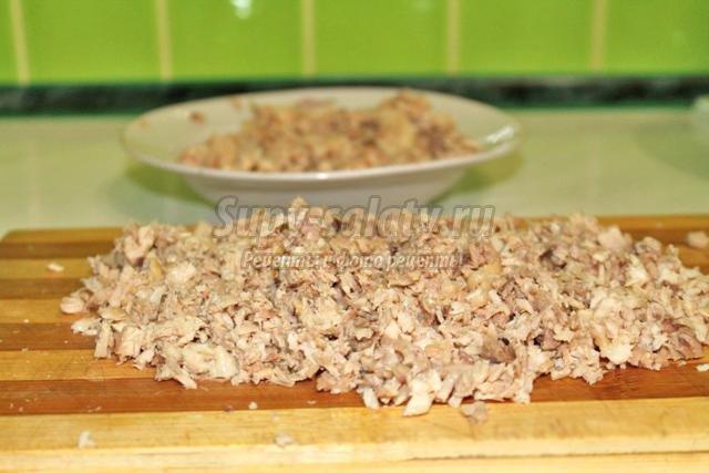 тонкие блины на сыворотке с мясом