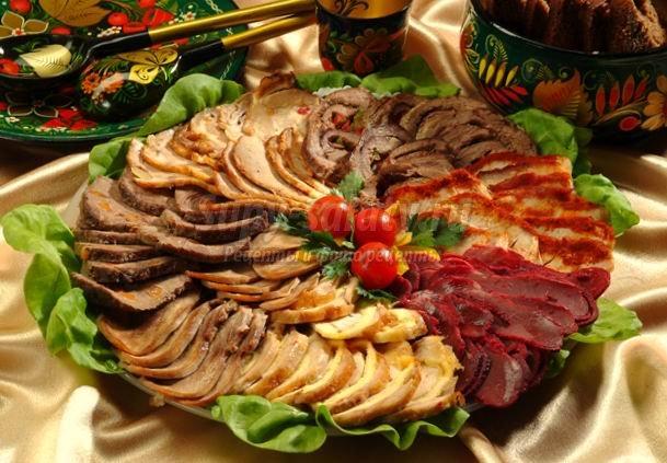 http://supy-salaty.ru/uploads/posts/2013-12/1387551179_osetinskoe_zastolie3-1.jpg