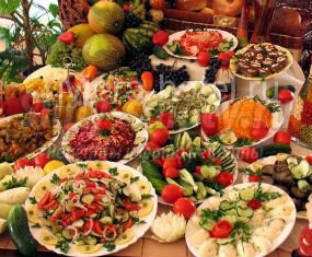 рецепты салатов на праздничный стол из капусты