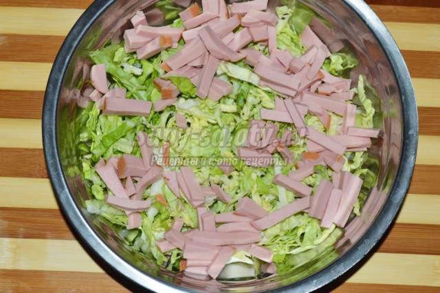 новогодний салат из брюссельской капусты
