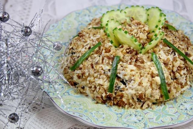 рецепт салата с черносливом и курицей фото рецепт