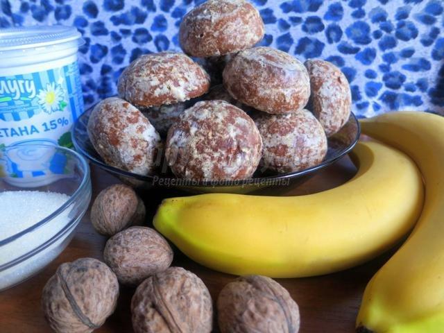 торт без выпечки с бананами и орехами. Зимние фантазии
