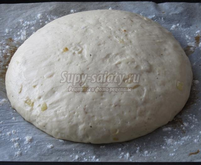 домашний хлеб с жареным луком