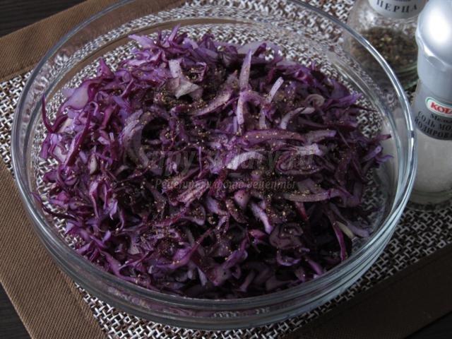 острый салат с капусты