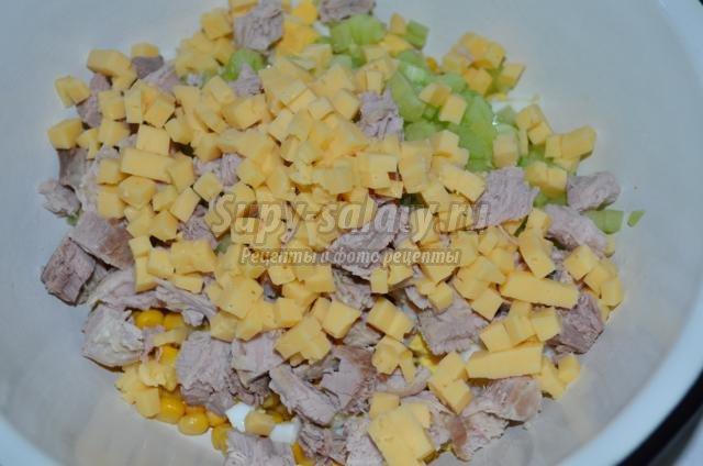 салат на Пасху с мясом и сыром. Нежный ангел