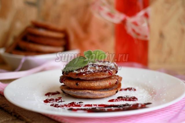 оладьи на кефире и молоке с ягодами
